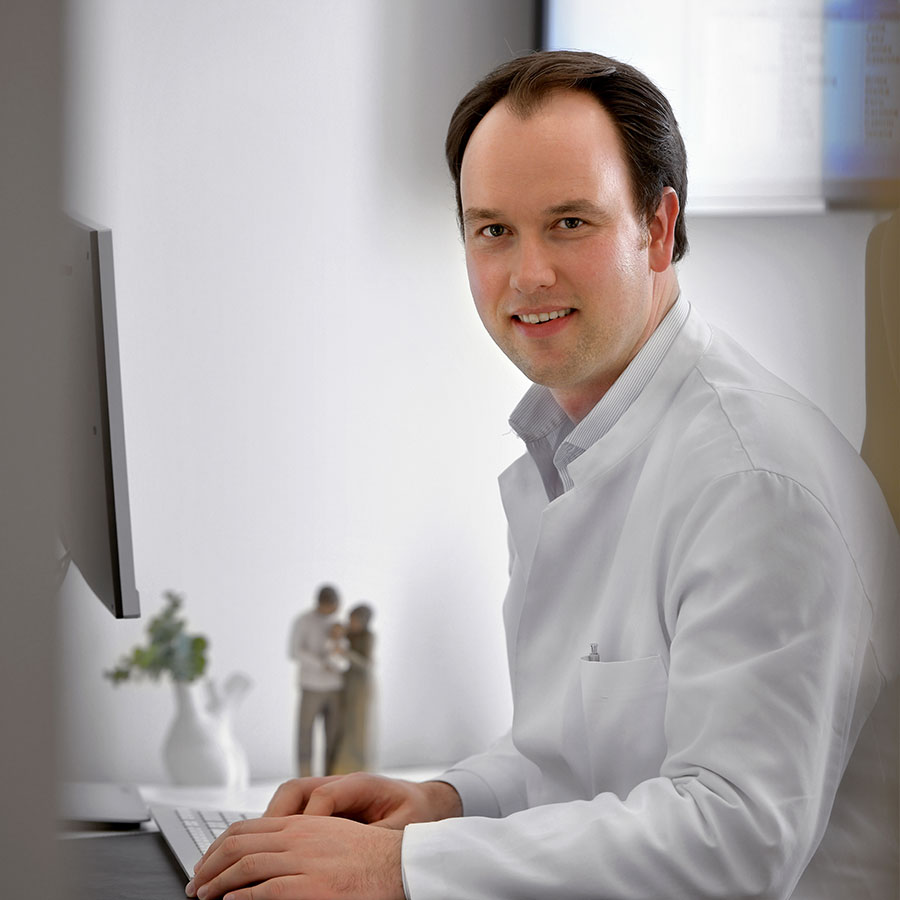 Dr David S. Sauer