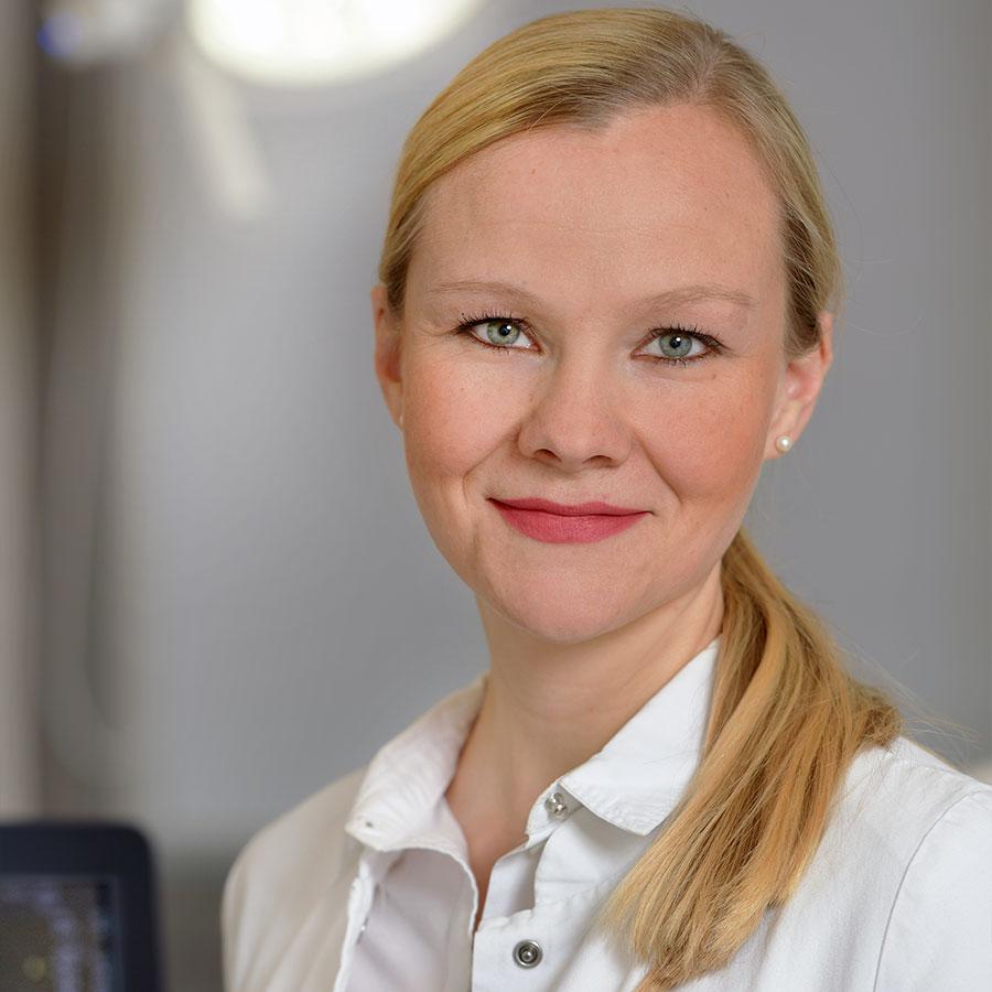 Dr Verena Fehringer